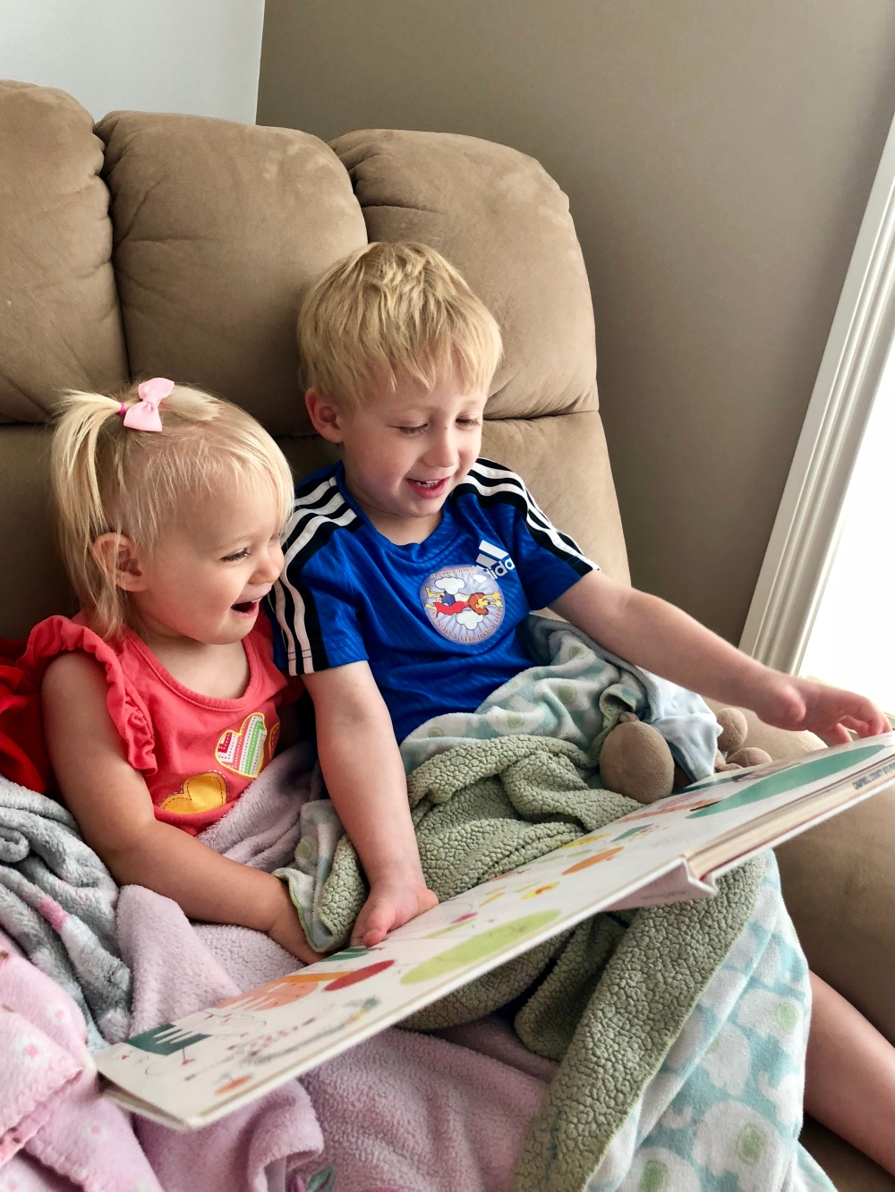 eli and kate read
